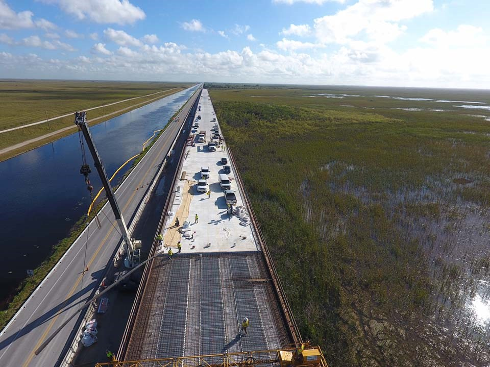 Tamiami-Bridge-looking-east