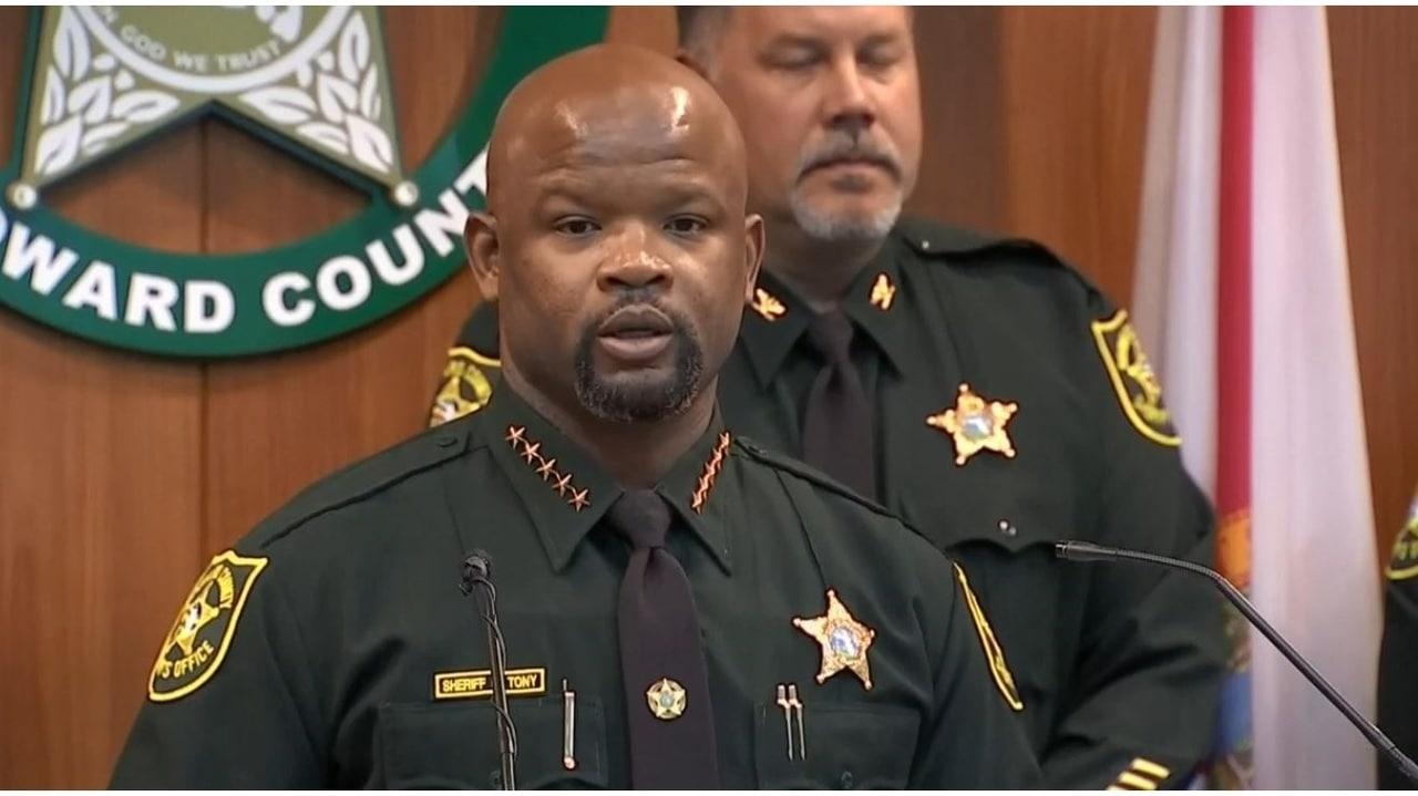 broward-sheriff-Gregory-Tony.jpg
