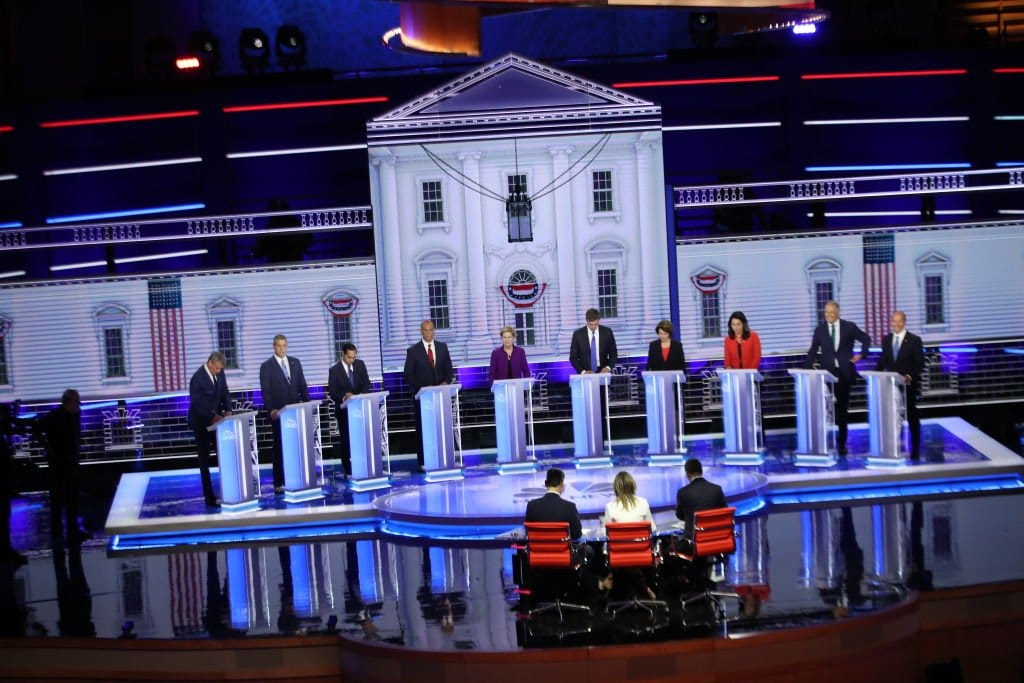 dem-debate-2.jpg