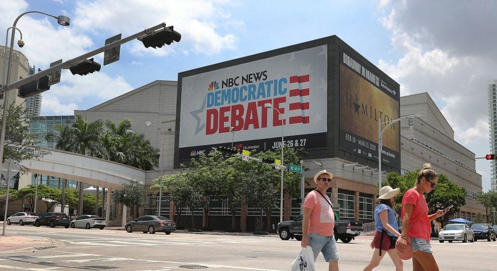 dem-debate.jpg