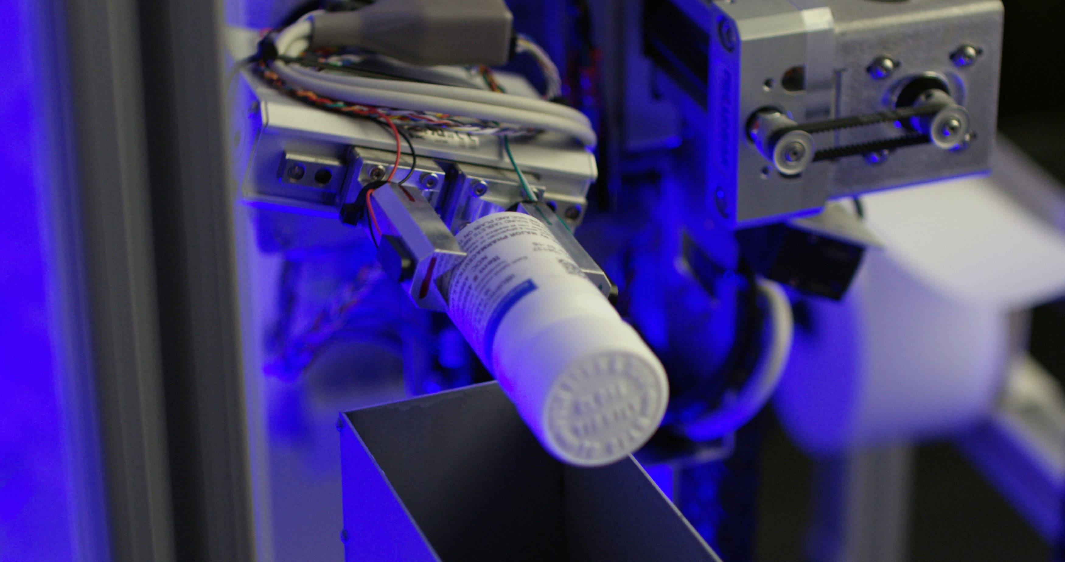 robot-dispense1