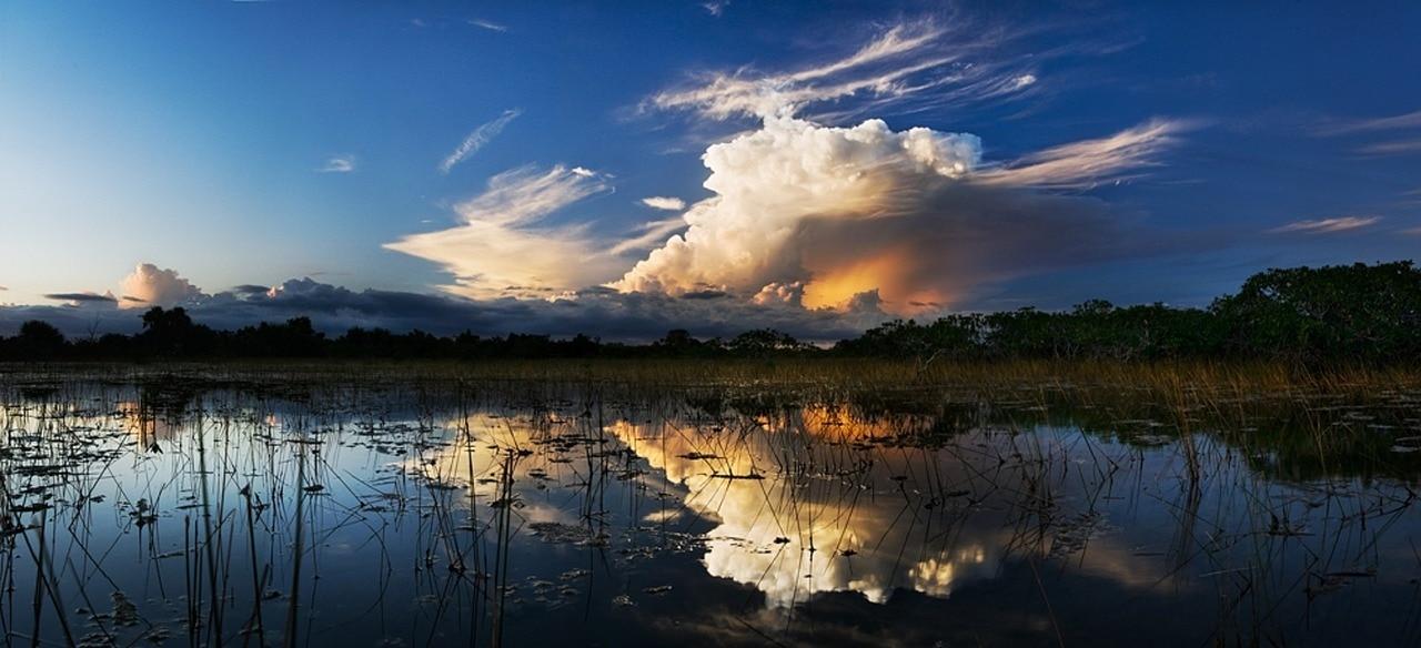 storm-clouds-1069760_1280.jpg