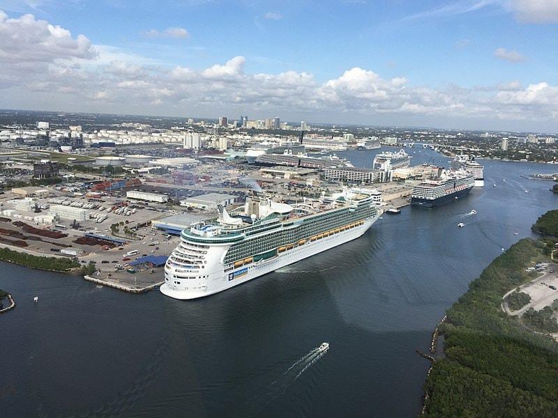 800px-Port_Everglades_aerial_