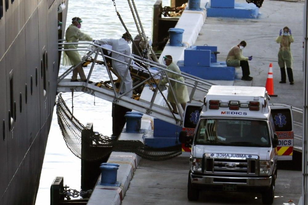 AP-photo-cruise-patient-on-stretcher.jpeg