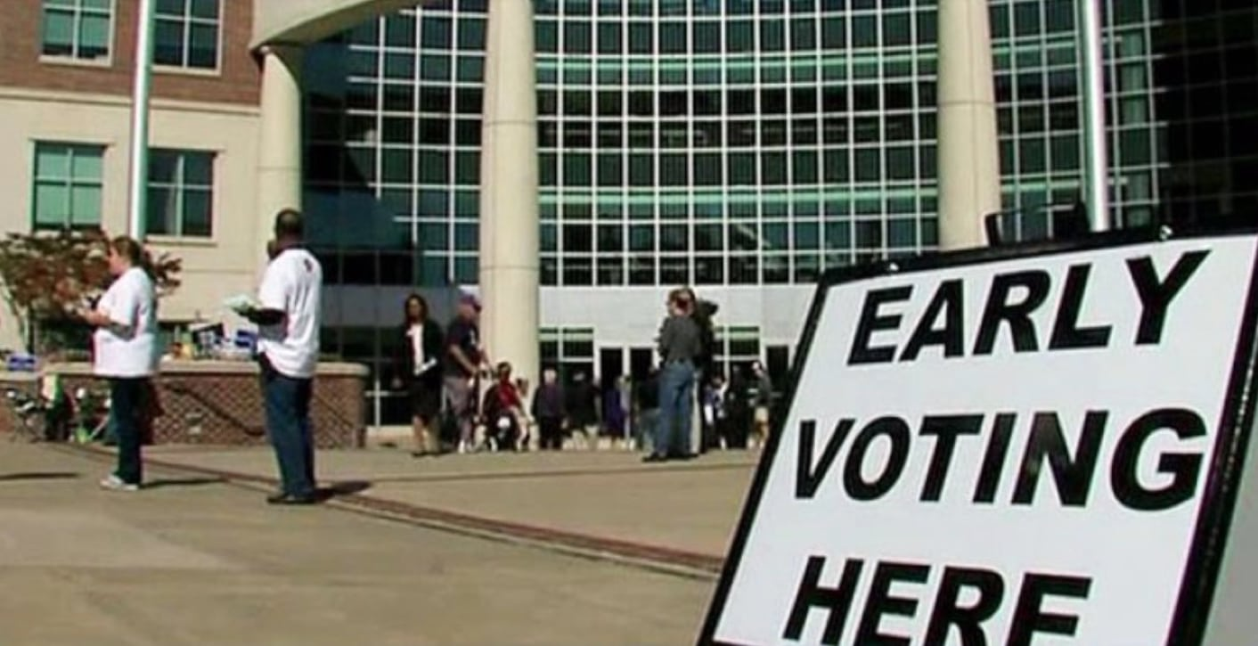 Campus-early-voting.jpg