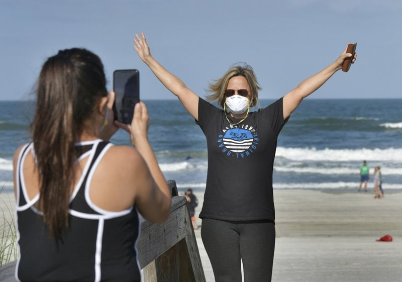 Florida-beach-coronavirus.jpeg