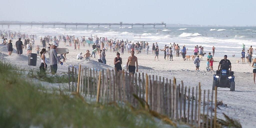 Jacksonville-Beaches-Crowd-Getty-3.jpg