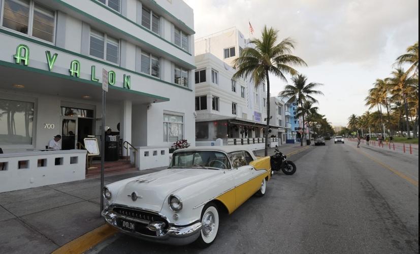 Ocean-Drive-in-Miami-Beach.jpg