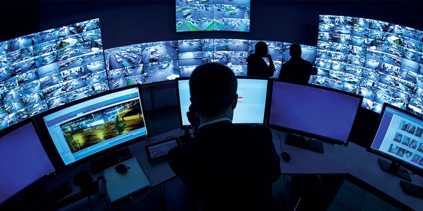 ai-video-surveillance-security-operator-video-wall-efficiency-850.jpg