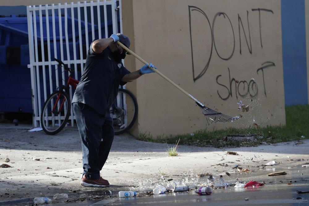 AP-Floyd-Central-Florida-Cleanup.jpeg