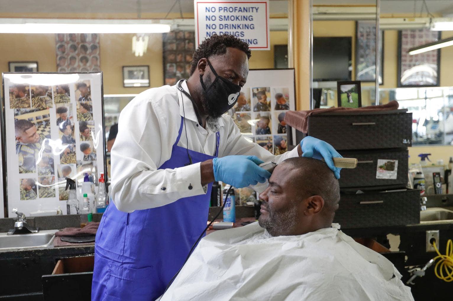 haircut salon open