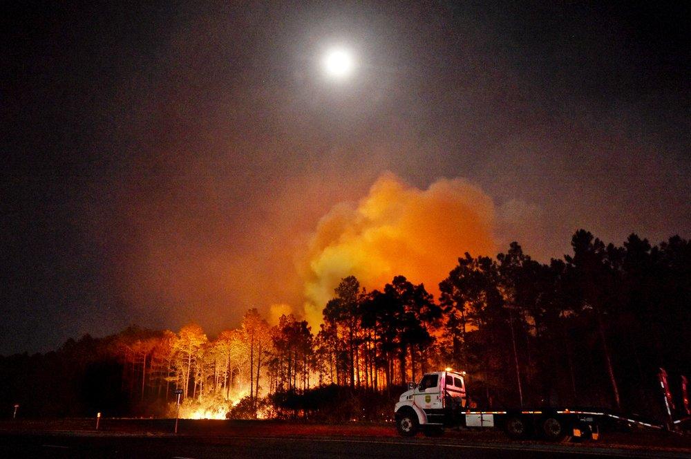 swamp-fire.jpg
