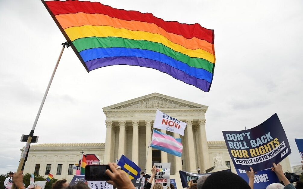 LBGTQ-RIGHTS-scotus.jpg