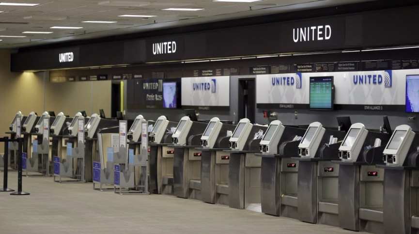United Airlines machines at Tampa Airport