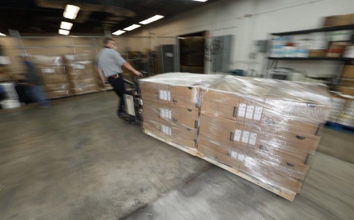 Computer-shipmet-for-Denver-schools.jpg