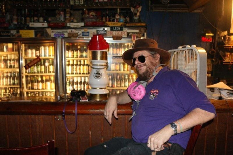 Bill-Hasselbeck-Leon-Pub.jpeg