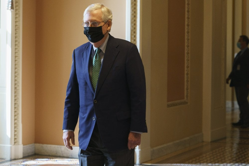 Mitch-McConnell-wearing-mask-AP.jpeg