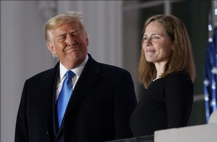 Donald-Trump-and-Amy-Coney-Barrett.jpg