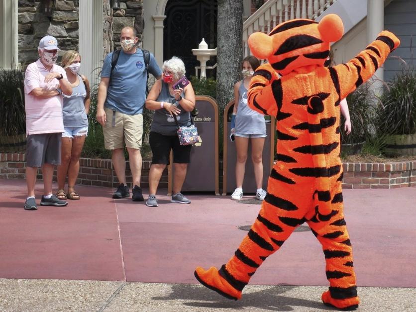 Tigger-at-Walt-Disney-World.jpg