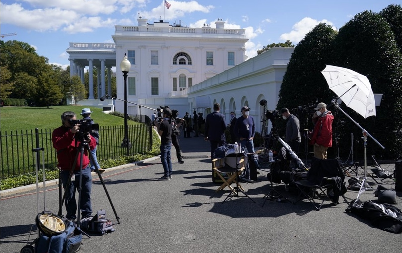 Journalists-at-White-House.jpg