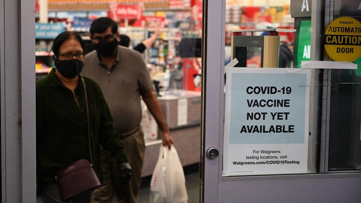 https___cdn.cnn.com_cnnnext_dam_assets_201129183542-grocery-stores-covid-vaccines