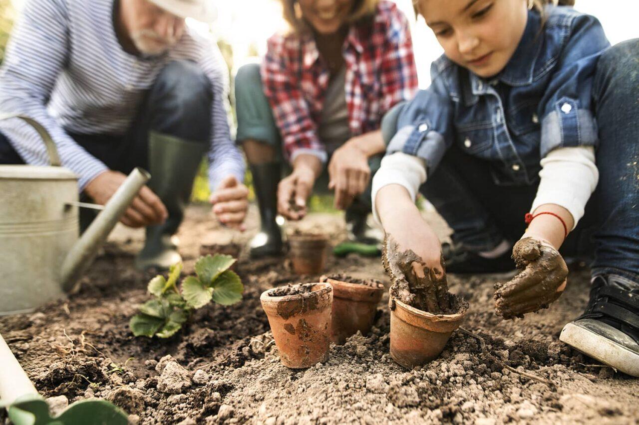AdobeStock_194969397-Gardening-Kids-1280x853.jpeg
