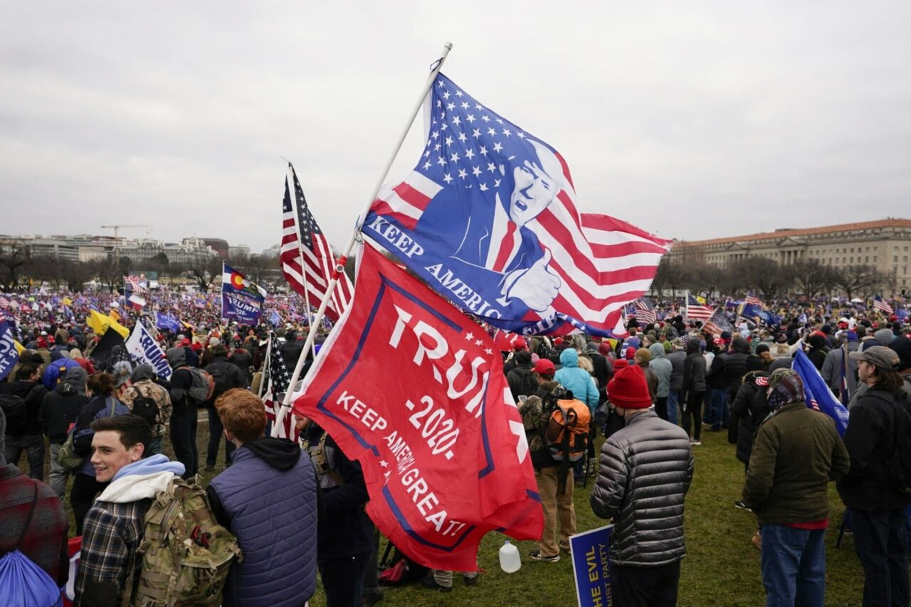 CAPITOL-RIOT-AP-PHOTO-11-1280x854.jpg
