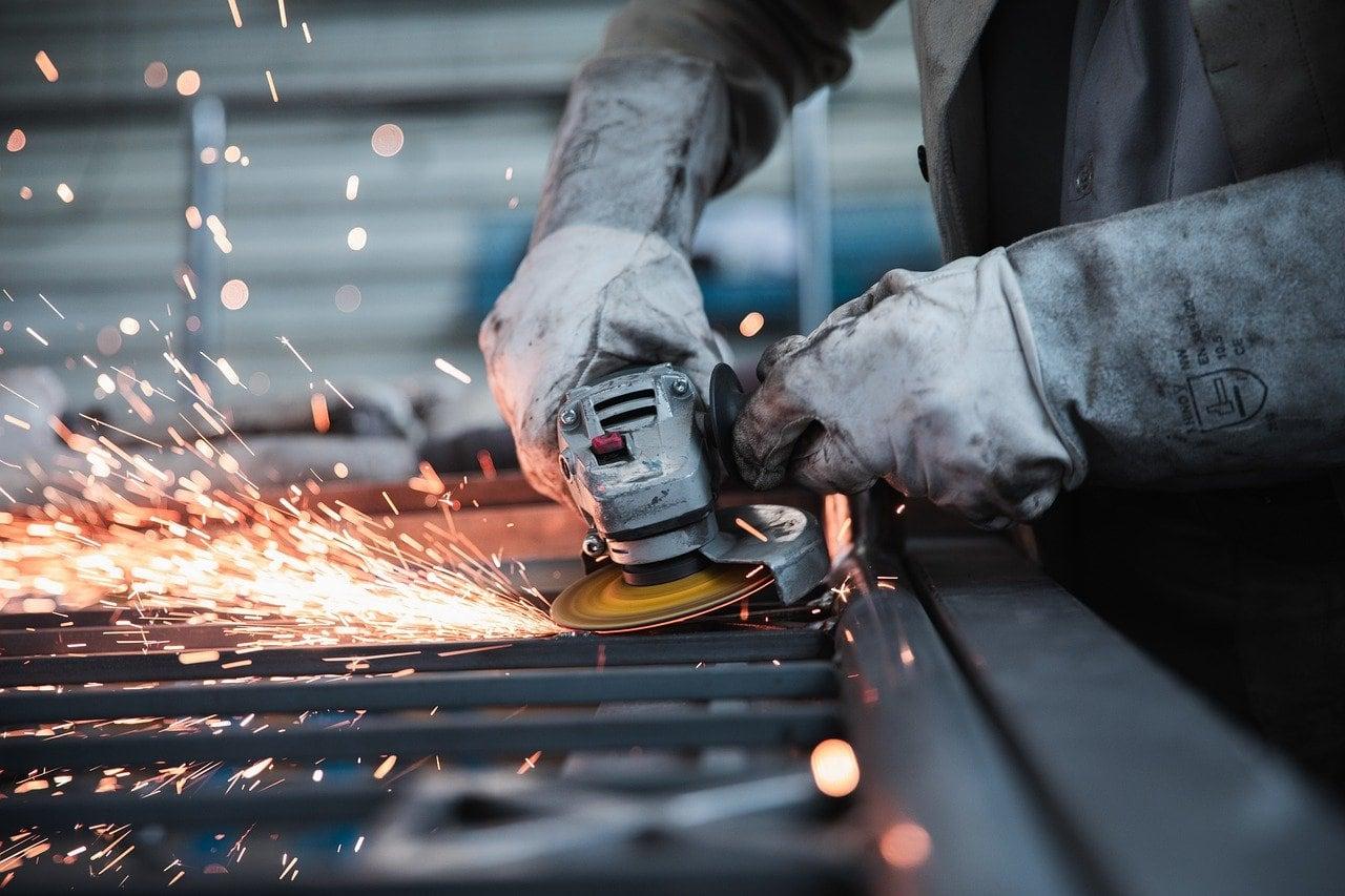 steel-worker.jpg