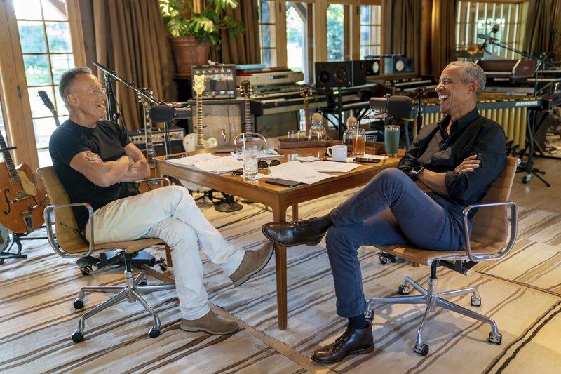 Bruce-Springsteen-Barack-Obama.jpeg