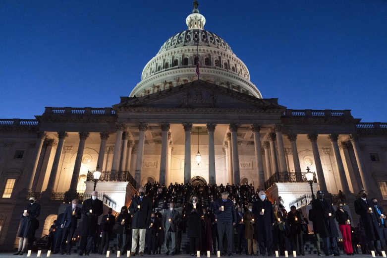 Congressiononal-leaders-in-front-of-U.S.-Capitol..jpg