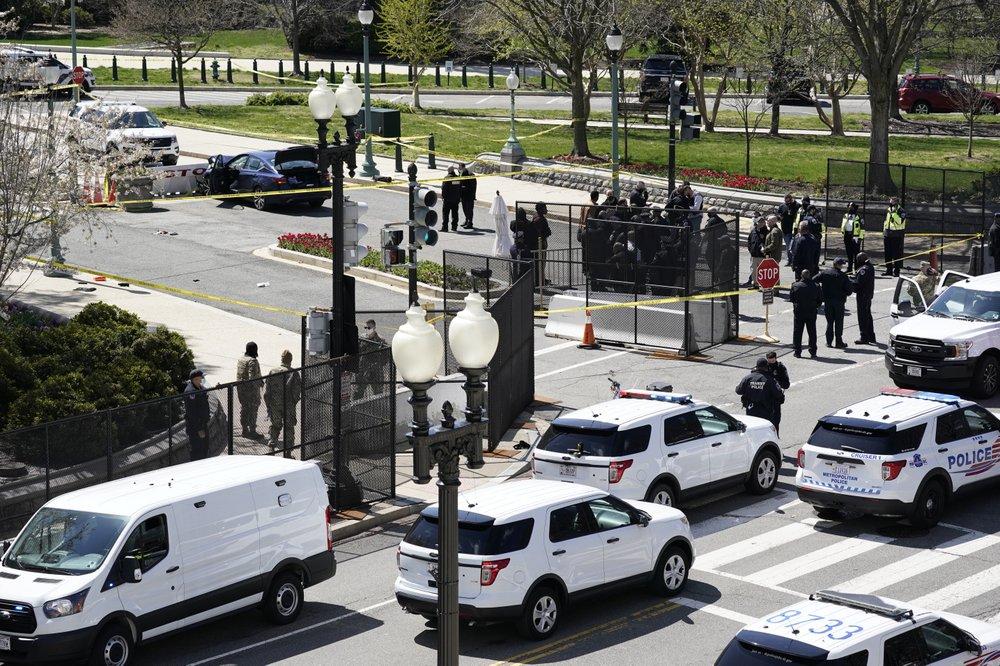 Capitol-barrier-crash.jpg