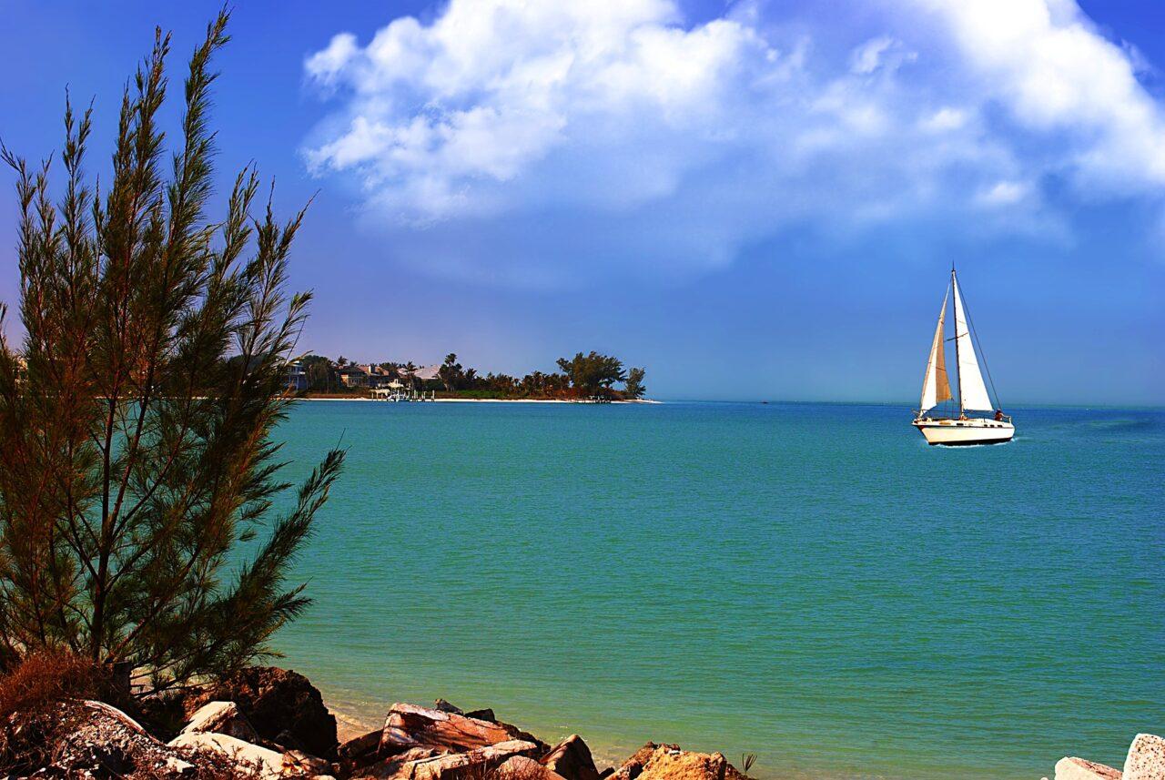 sail-1192976_1920-1280x857.jpg