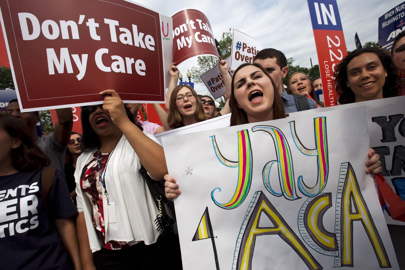 AP APTOPIX Supreme Court Health Overhaul