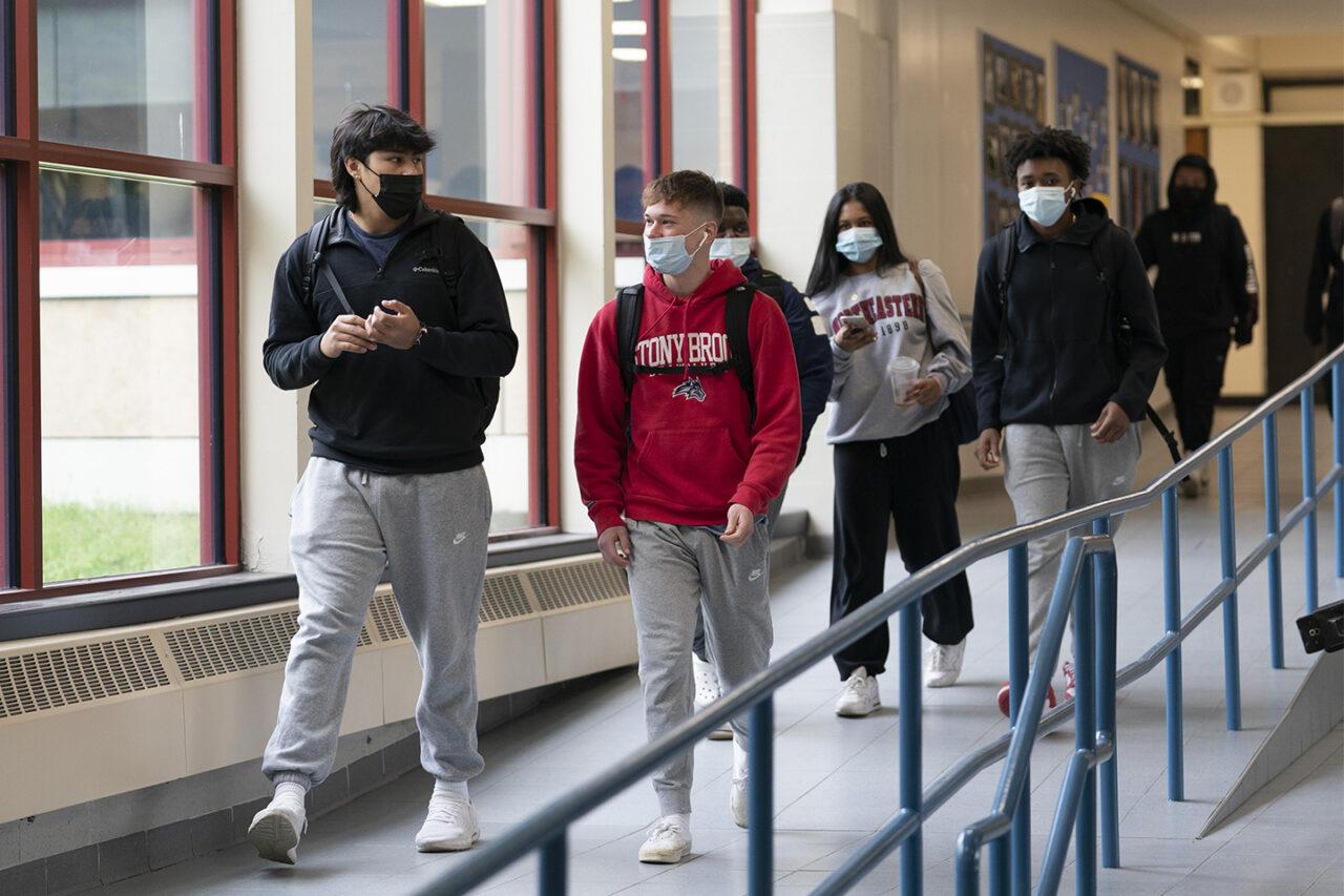 051421-masks-in-schools-ap-bs-1280x853.jpg