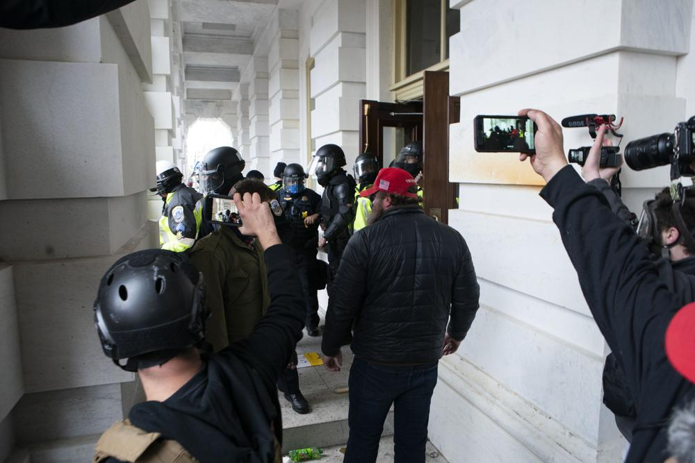 Capitol-riot.jpeg