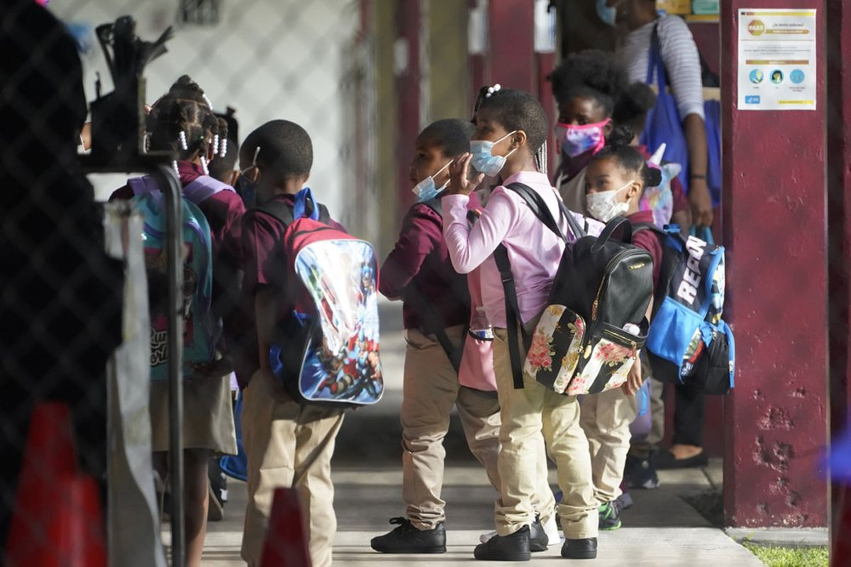 Miami-Dade-students-return-to-class-for-1st-time-since-March-1.jpg