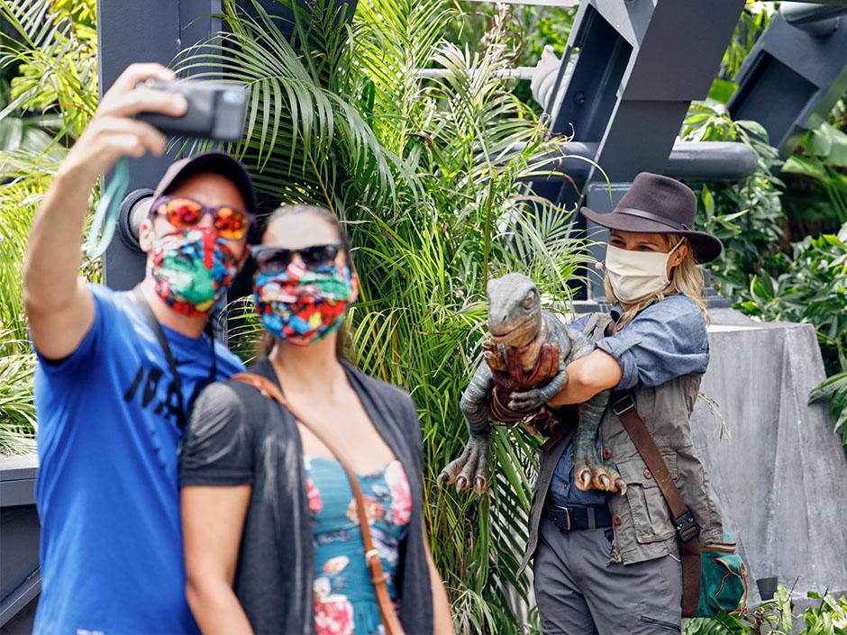 Raptor-Encounter-at-Universal-Orlando-Resort.jpg