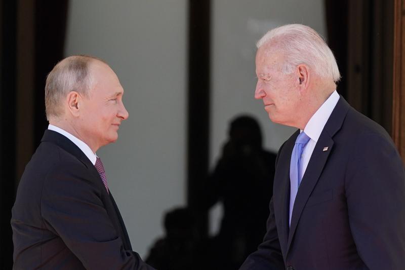 Vladimir-Putin-Joe-Biden.jpeg