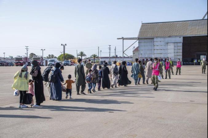 Afghanistan-evacuees-arrive-in-Spain.jpg