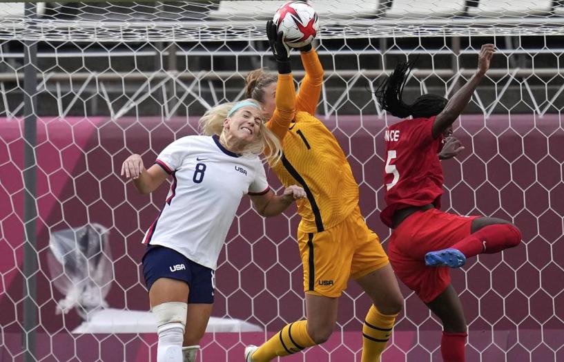 U.S.-goalkeeper-Alyssa-Naeher.jpg