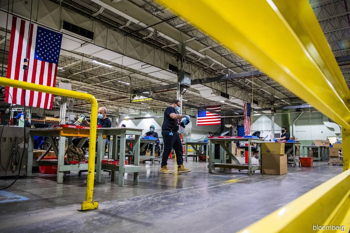us_united_states_factory_manufacturing_facility_20210817231656_bloomberg.jpg