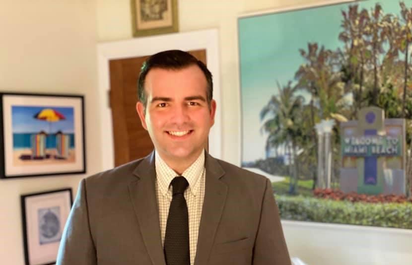 Alex-Fernandez-Miami-Beach.jpg