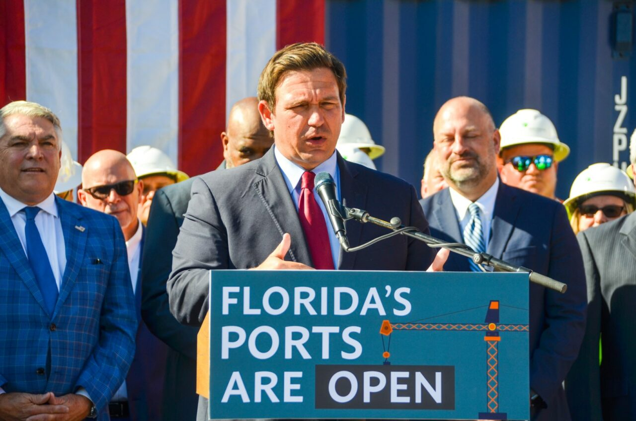 governor-ron-desantis-floridas-seaports-are-open-and-ready-to-meet-holiday-demands_51606572447_o-Large-1280x848.jpg