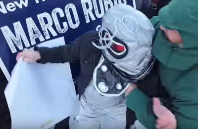 Marco Rubio supporters get physical with #RubioRobot protester in New Hampshire